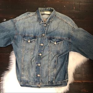 AE Boyfriend Fit Denim Jacket sz Large medium wash